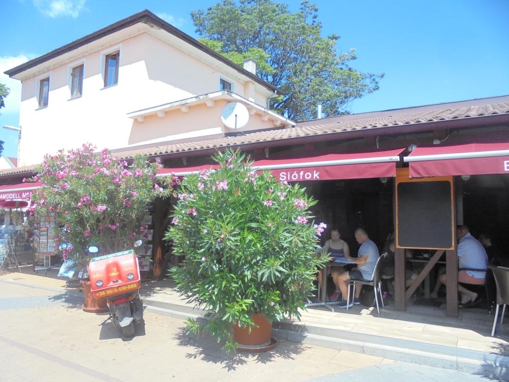 20190723_090_siofok_bella_restaurant.JPG