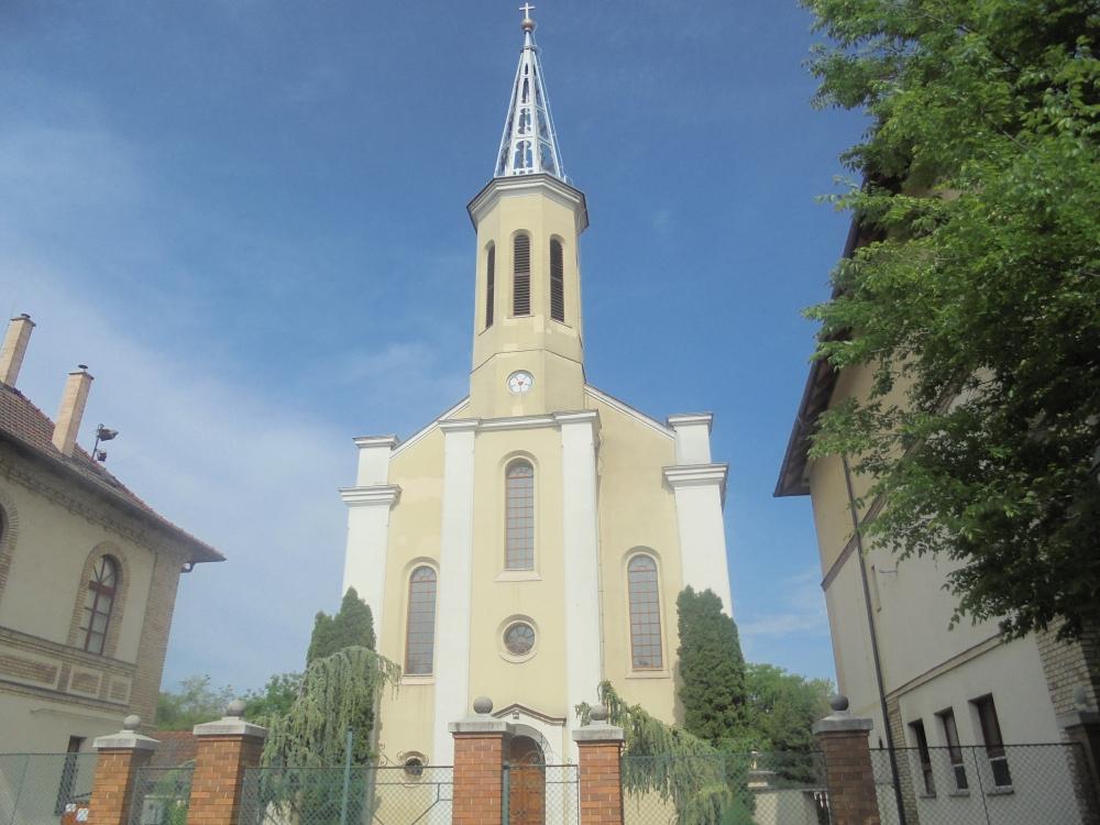 20180430_041_vac_evangelikus_templom.JPG