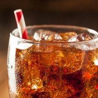 Hogyan hatnak a diétás italok az 50 feletti nőkre?