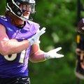 Az edzőtábor kezdetére felépül a Ravens elsőkörös tight endje
