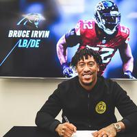 Bruce Irvin egyéves szerződést ír alá a Panthers csapatával
