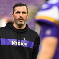 Kevin Stefanski marad a Vikins támadó koordinátora