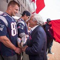 Rob Gronkowski-t visszavárja a Patriots