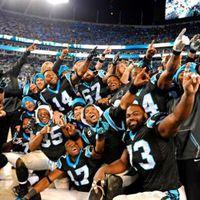 A Panthers ünnepel, tudva azt, hogy még nem végeztek