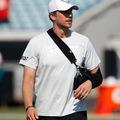 A Jaguars sérültlistára tette Nick Foles-t és megszerezte a Steelers tartalékirányítóját