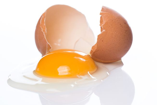 cracked-egg_jpg_653x0_q80_crop-smart.jpg