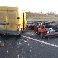 Az M6-oson szerdán történt baleset képei