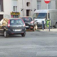 Parkolás - dupla dinamit
