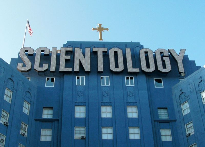 800px-church_of_scientology_building_in_los_angeles_fountain_avenue.jpg