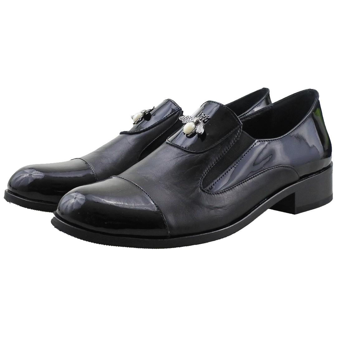 bf1582bdc9ed Viszont ez az Oxford cipő egy kis plusz díszítést is kapott.  oxford_cipo_vasarlas_online.jpg