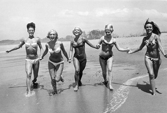 130726_fashion_bikinihistory_008_jpg_crop_original-original_1411511942.jpg_568x387