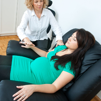 Miben segít a hipnoszülés?