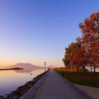 Ezerarcú szerelmünk a Balaton