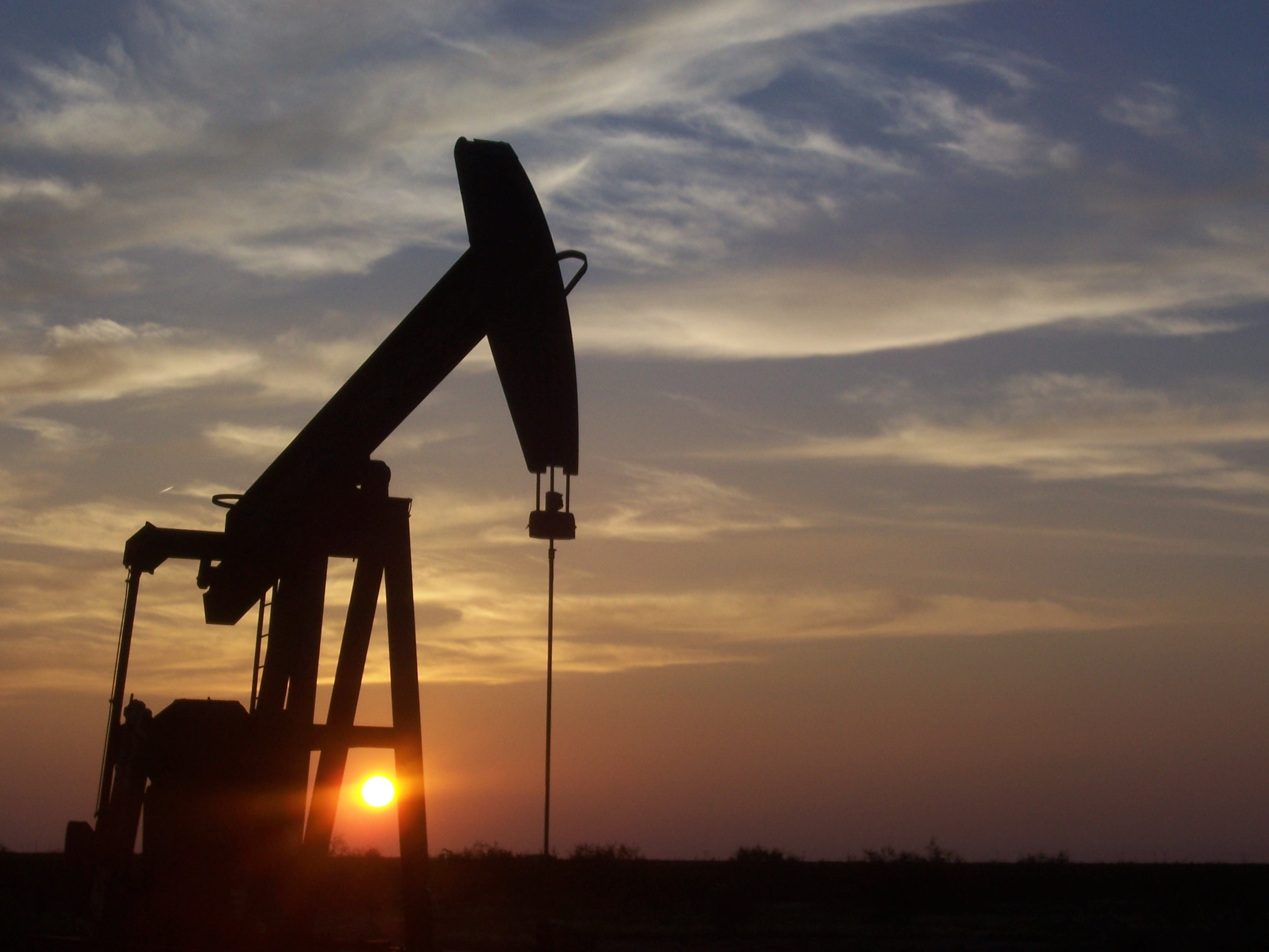 531877-exxonmobil-to-extract-additional-oil-from-west-texas-field.2-lg.jpg