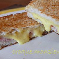 Éljen a sajtos szendvics!