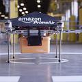Világ figyelj! Az Amazon drónokkal szállítja házhoz a neten rendelt árut