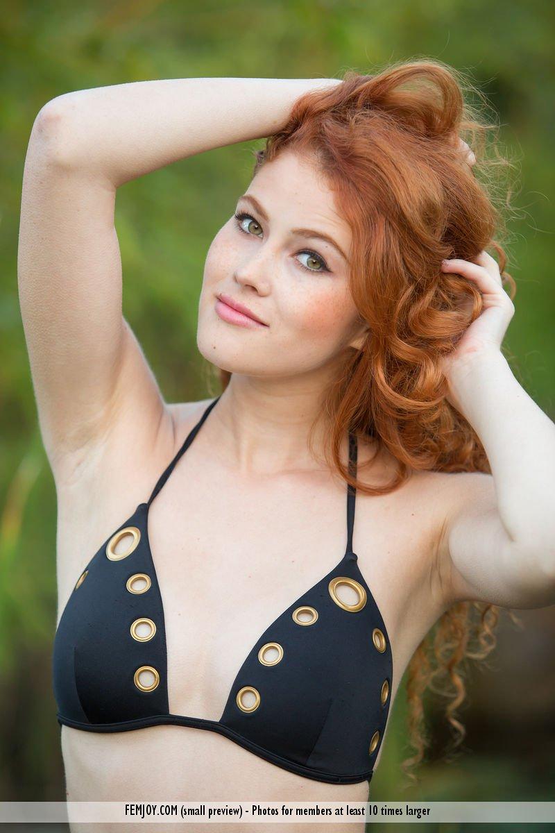 heidi-romanova-in-extremely-attractive-by-femjoy-03.jpg
