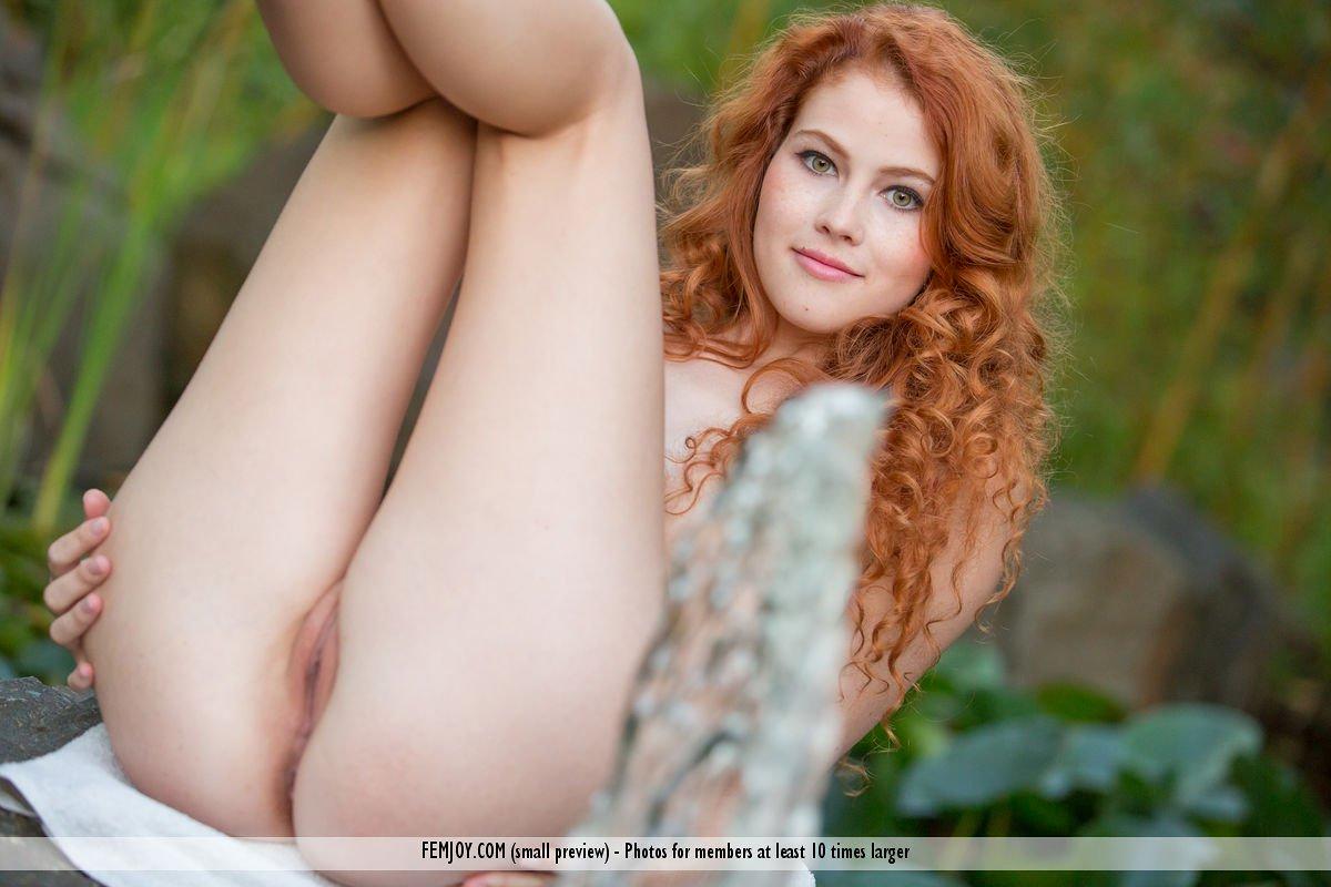 heidi-romanova-in-extremely-attractive-by-femjoy-15.jpg