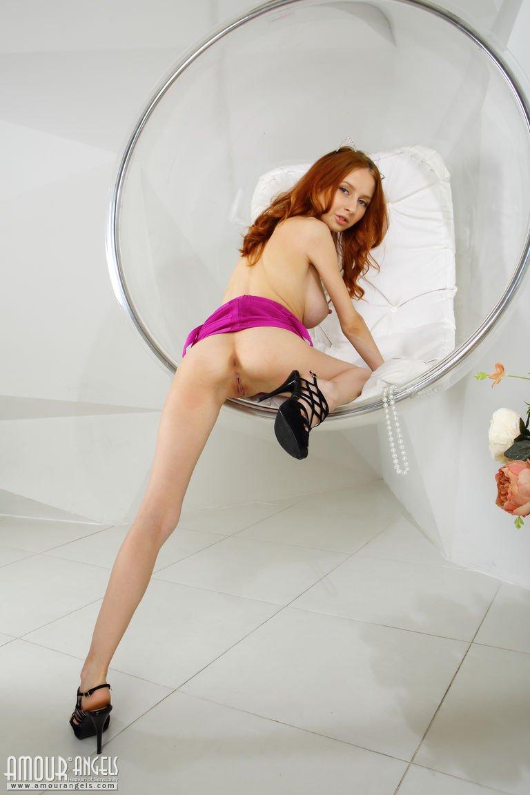 marika-in-sphere-by-amour-angels-11.jpg