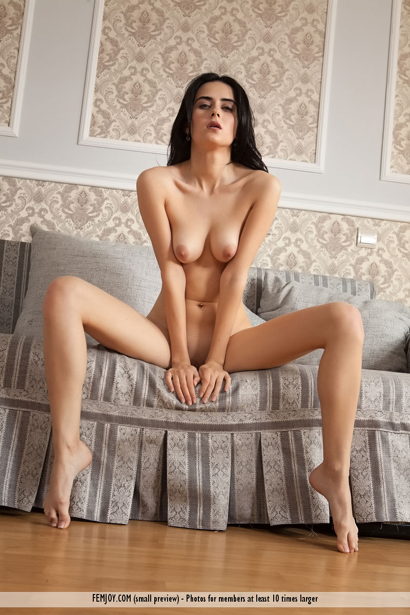 stella-p-in-come-to-me-by-femjoy-16.jpg