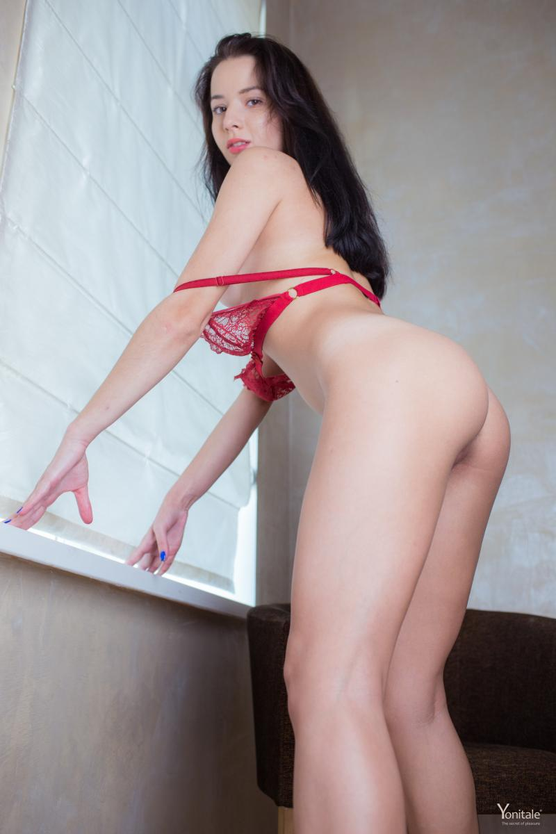 sara-y-in-cherry-seduction-by-yonitale-13.jpg