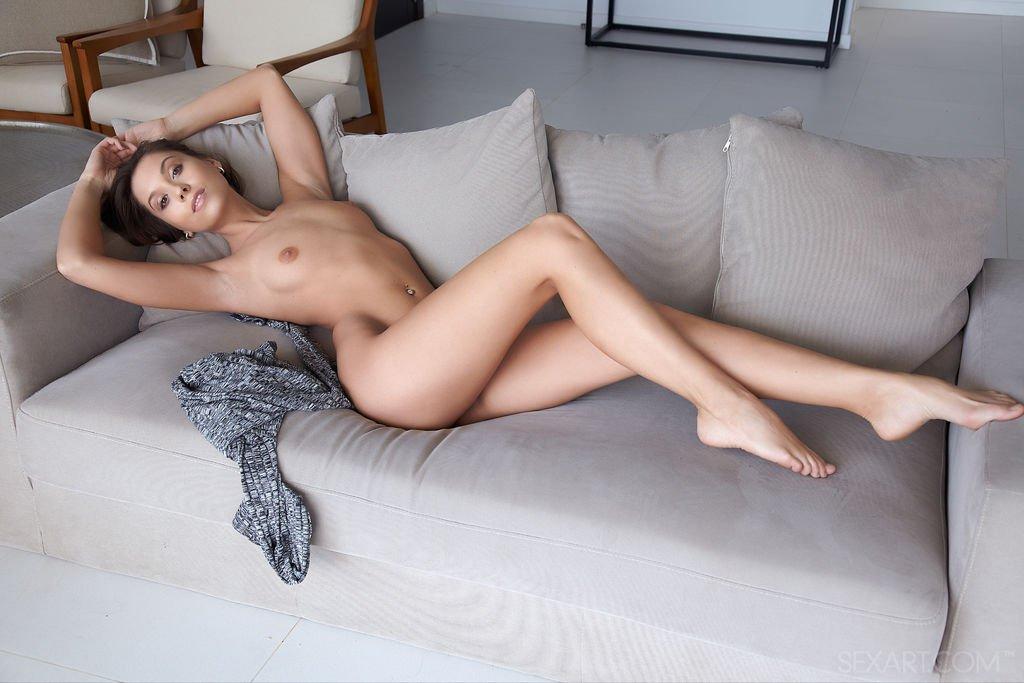 sexart_2017-10-01_lybie_06.jpg