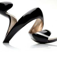 Extrém magassarkú cipő... lájkolod?