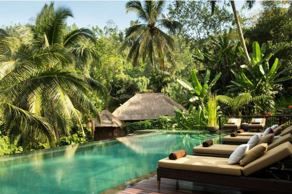bali-hanging-gardens-villa-medence-1024x682.jpg