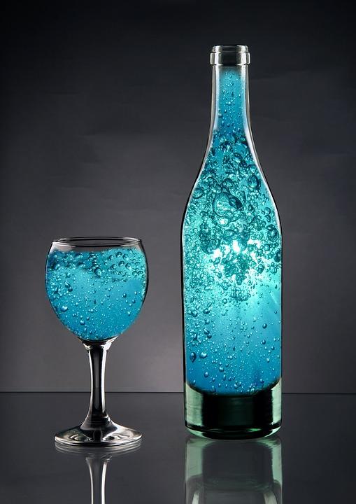bottle-3017833_960_720.jpg