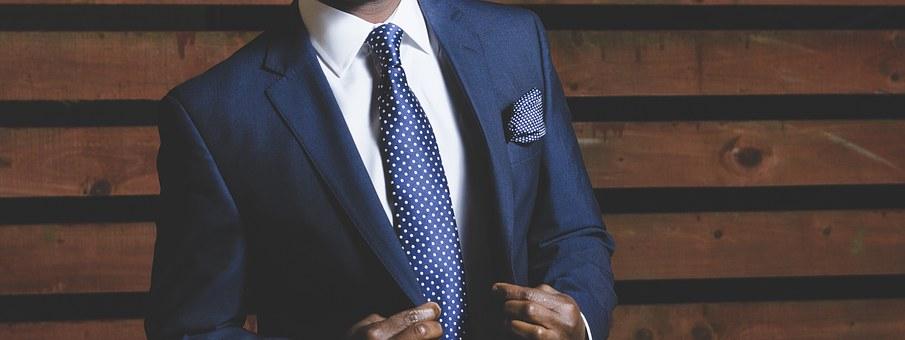 business-suit-690048_340.jpg