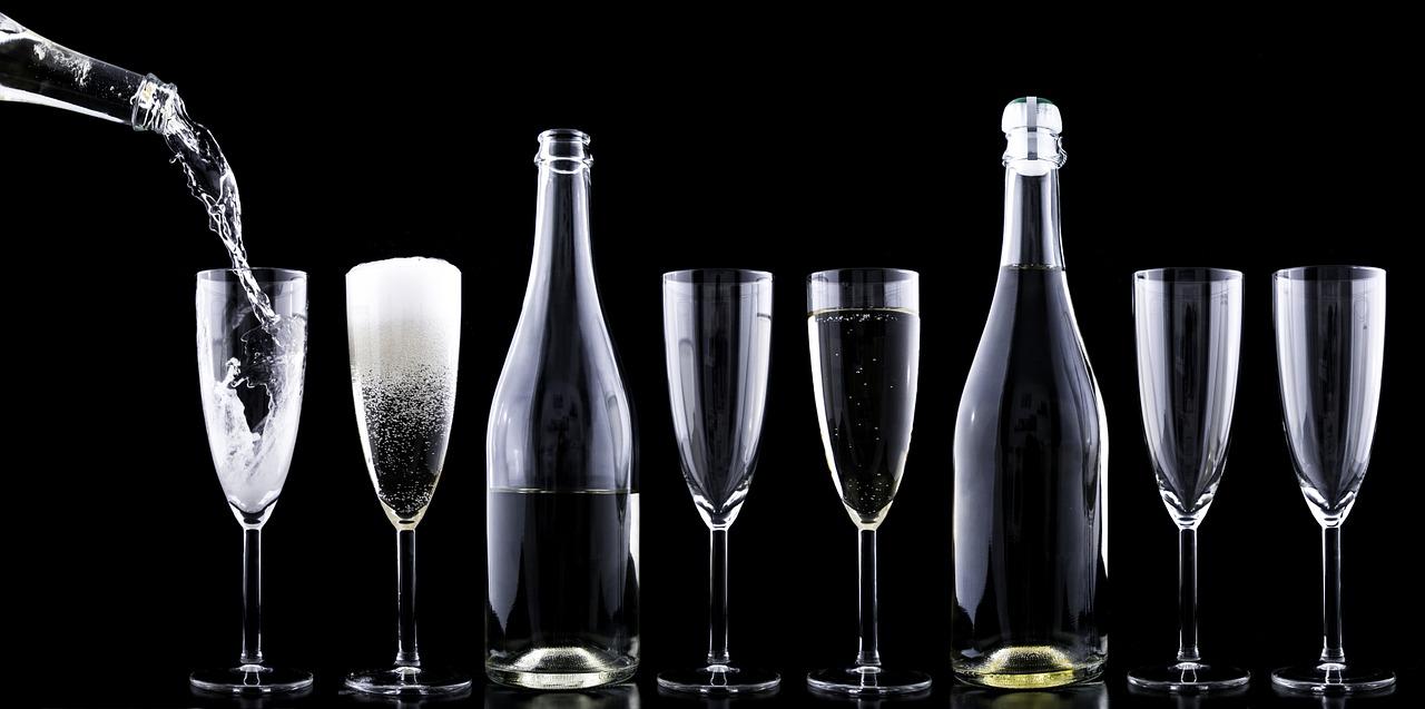 champagner-1071356_1280.jpg