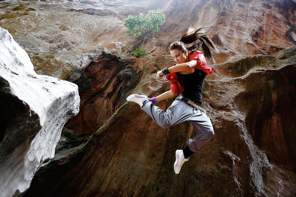 jump-1461111_960_720.jpg