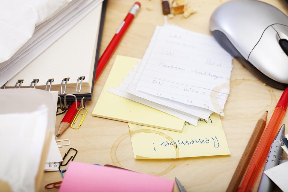 office-755189_960_720.jpg