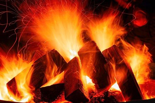 open-fire-3879031_340.jpg