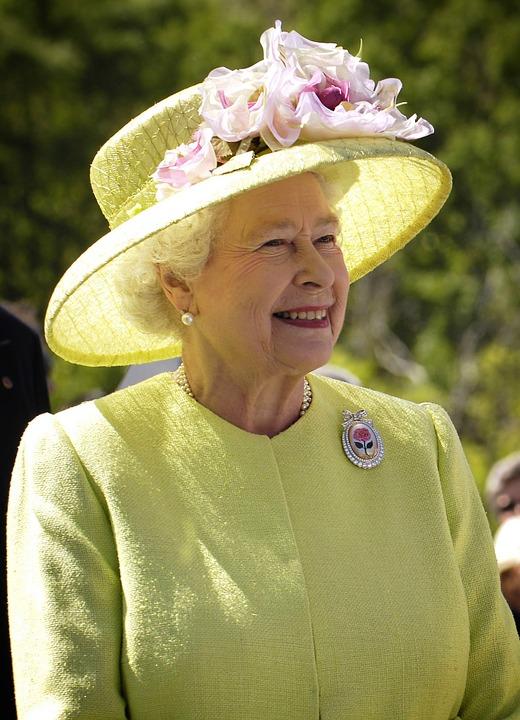 Erzsébet királynőnél is melózhatsz - Ennyit kereshetsz nála