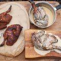 Fehér szószba merített BBQ-csirke