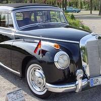 Mercedes 300 Adenauer