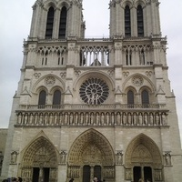 Péntek a párizsi nyelviskolában