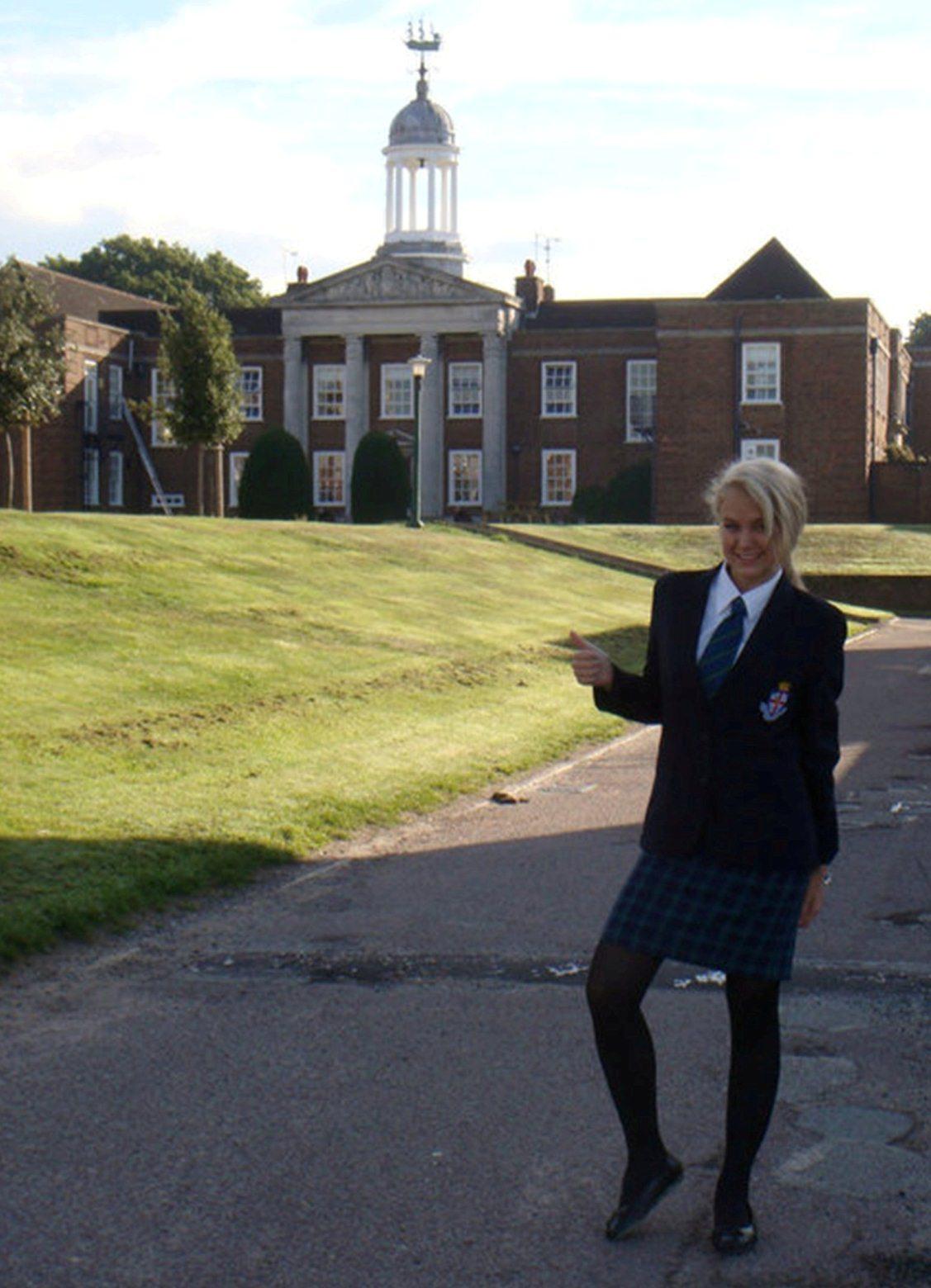 Lili Anglia 3.jpg