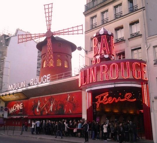 ParizsMoulinRouge.jpg