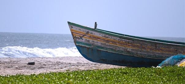 boat-677781_640.jpg