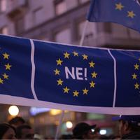 Négyből három embert nem érdekel az Európai Hazugsággyár