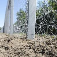 Rongálással betörnek hazánkba az illegális bevándorlók