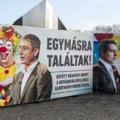 Más civilek ételt osztanak Karácsonykor, a Fidesz