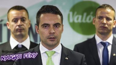 Az Orbán-majmoló Vona Gábornak nincsenek elvei, csak érdekei