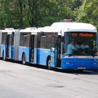 Lencsevégre kaptuk a duplacsuklós buszokat + videó