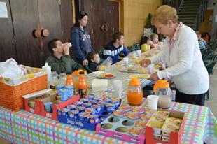 A DK-s vezetés elvette a rászoruló gyerekek reggelijét