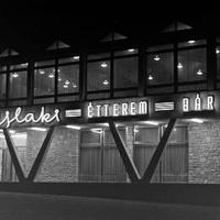 Visszaemlékezés - Az Újlaki étterem / Telefon bár