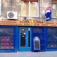 Donna Tonna faloda - a Lépcsős söröző