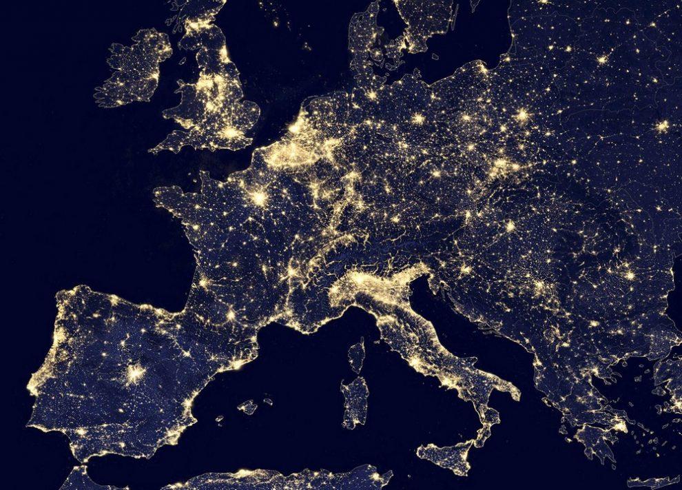 europe_nasa_reuters_night-990x711.jpg